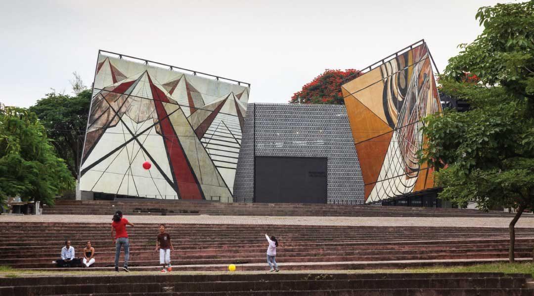 Arquitecta mexicana Frida Escobedo, ganadora del AR Emerging Architecture 2016
